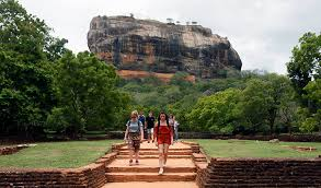 Sri Lanka set to reopen for foreign tourists this weekTravel And Tour World