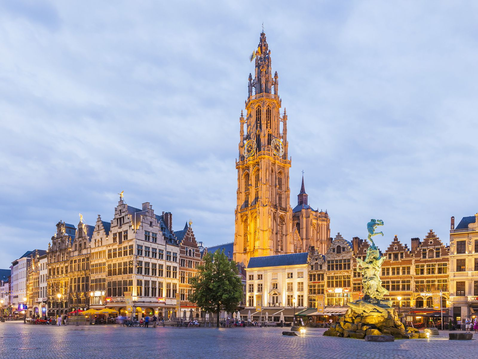 Belgium enters into new four-week COVID-19 lockdownTravel And Tour World