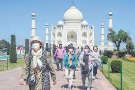 Alarming increase in Covid-19 cases in Agra hits the tourism industry hard
