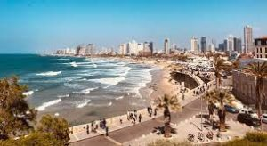 Israel decided to reopen to small groups of tourists